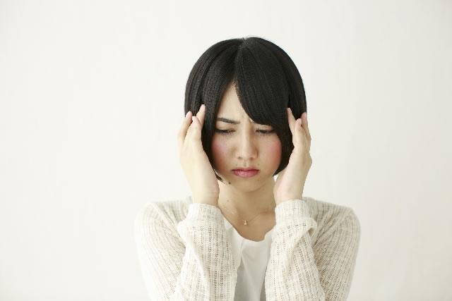 ストレスを抱えることでなぜ、不眠の悩みへと繋がるのか、ストレスと不眠の関係性。
